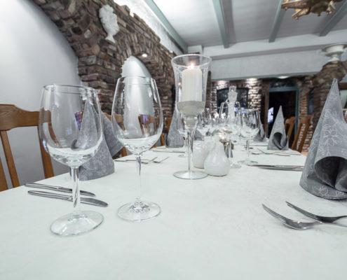 Hotel Restaurant Landhaus zur Issel Isselburg Bocholt Anholt Speisekarte Essen gehen Biergarten gut bürgerliche Küche Hotelzimmer Zimmer buchen