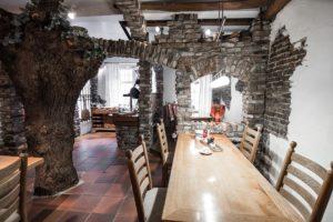 Frühstück Restaurant Landhaus zur Issel Isselburg Bocholt Anholt Speisekarte Essen gehen Biergarten gut bürgerliche Küche Hotelzimmer Zimmer buchen
