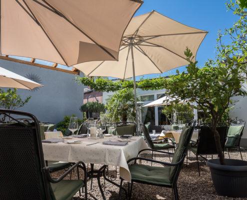 Hotel Restaurant Landhaus zur Issel Isselburg Garten essen Biergarten Bocholt Dinxperlo Niederrhein Münsterland